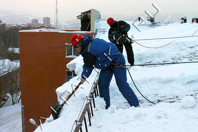 Очистка снега с крыш иваново
